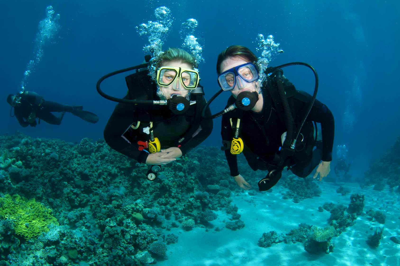 new scuba divers underwater